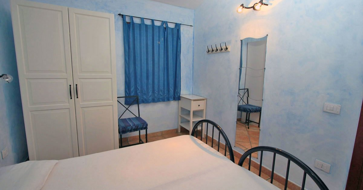 cameretta appartamento interno 15