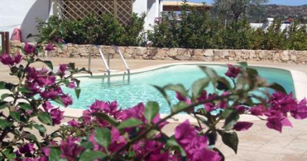 piscina del residence Vela Bianca