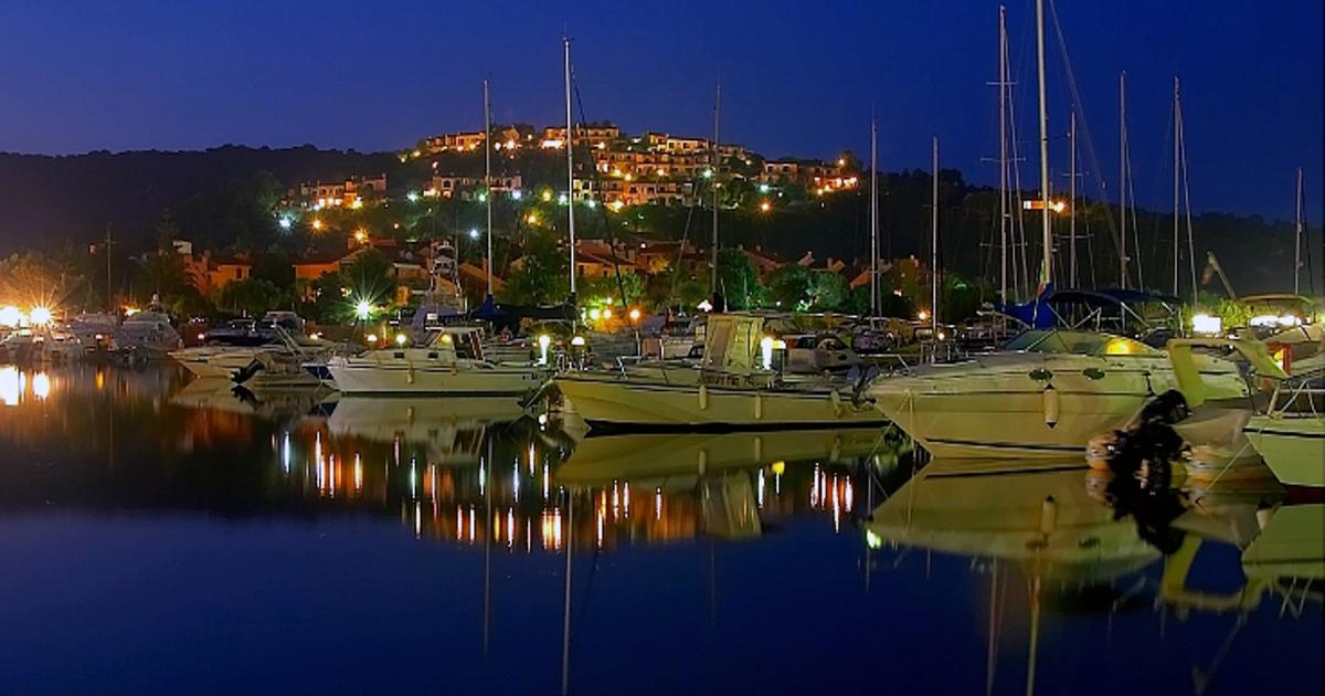 Porto Ottiolu di notte